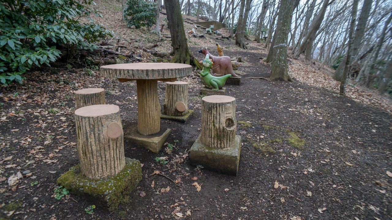 湘南平 子供の森 散歩 銅像