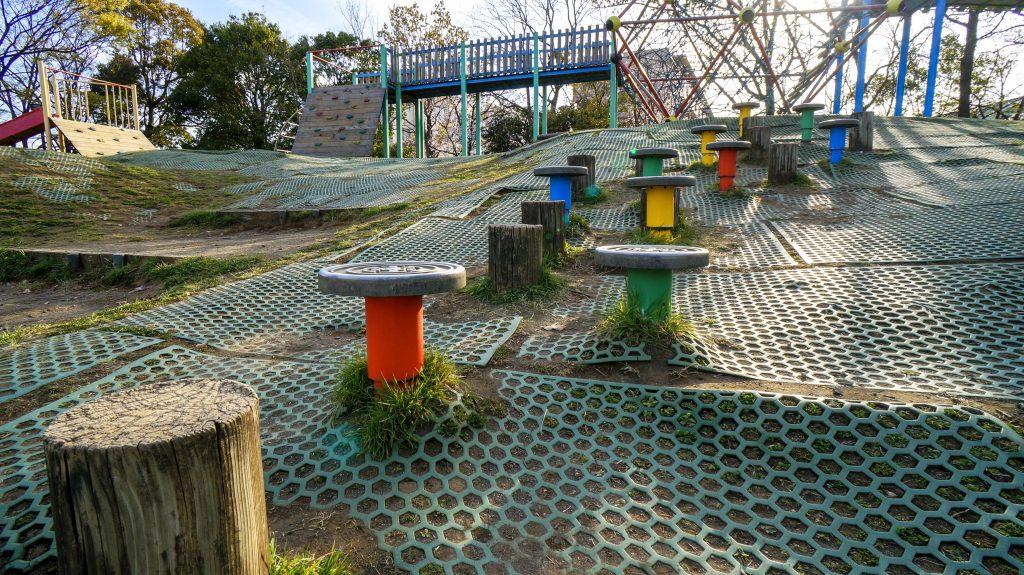 大塚山公園 いす